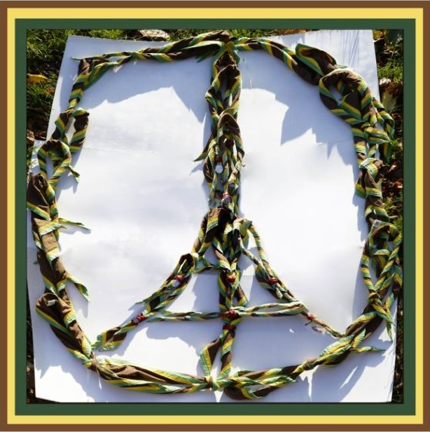 Peace for Paris-1b-3265429198_2_3_KV7UR8VQ